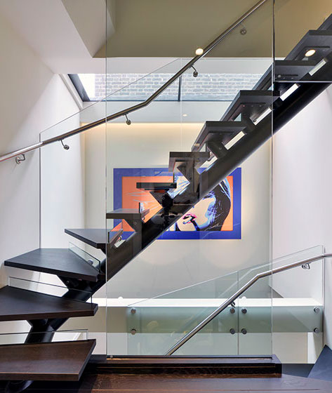 self supporting staircase chelsea apartment london